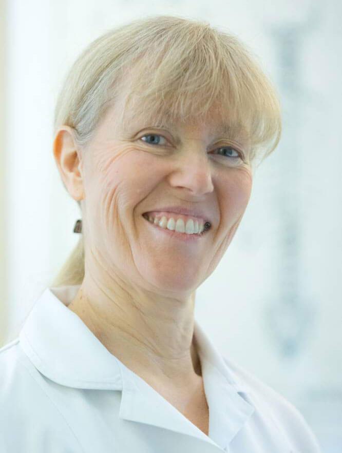 clare-metcalfe-beckenham-&-bromley-chiropractor