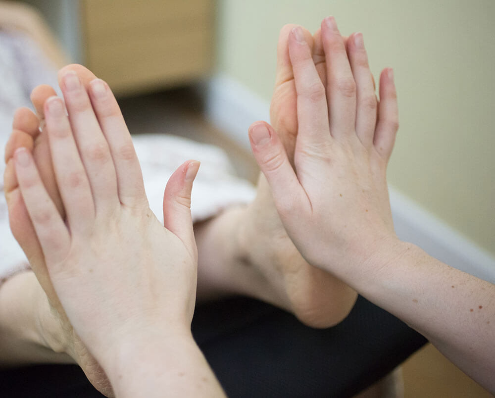 reflexology-treatment-at-beckenham-&-bromley-chiropractic-(3)